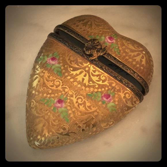 Limoges Other - Limoges Gold heart trinket box